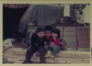 左:私 中央:父(会長)右:弟(店長串田)